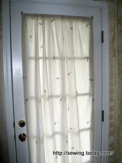 Door curtain before-1